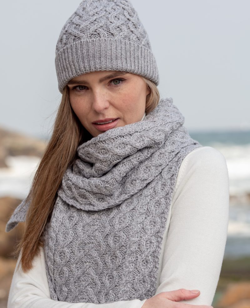 Super Soft Heart Design Scarf and Hat Set